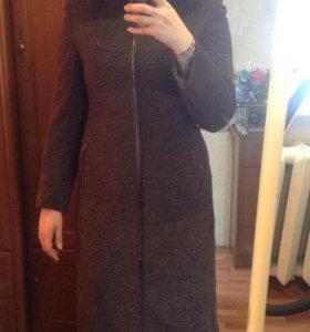 Пальто теплое р-р L