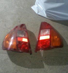 Задние фонари Renault Clio