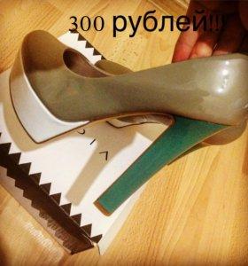 Новые!!!!!!!!! Туфли 👠