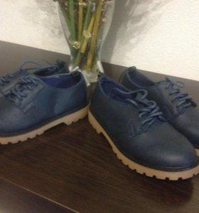 Легкие сапожки, туфельки . Ботинки на мальчика