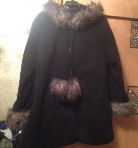 Новое пальто , 48-50 с капюшоном