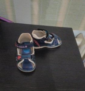 Детские сандали анатомические