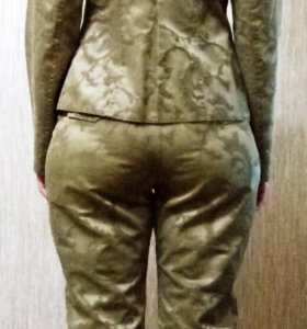 Джакардовый костюм