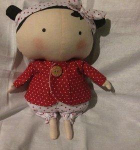Куколка тильда. Полностью Выполнена из текстиля.