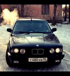 Продам BMW 525i