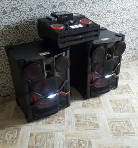 Акустичнская система LG X-BOOM