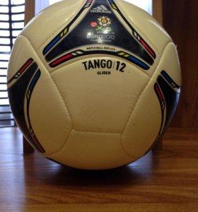 Футбольный мяч tango 12 adidas