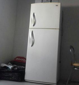 Холодильник LG Корея