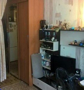 Комната 18,3м в общежитии.