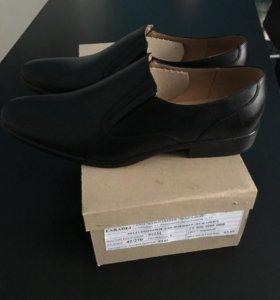 Туфли муские 42,44 размера