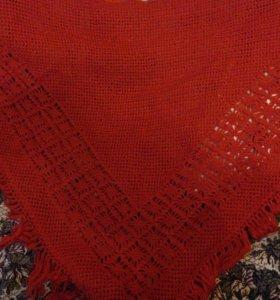 Шикарная вязанная крючком шаль
