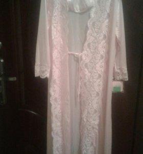 К-т.Сорочка+халат,с кружевами,Новый,с этикеткой.