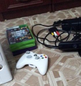 Xbox 360 120gb с кинектом и 5 игр. Без игр 9000 р.