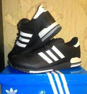 Кроссовки мужские Adidas новые 45