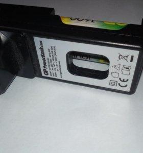 Зарядное устройства и 2 акумулчтора