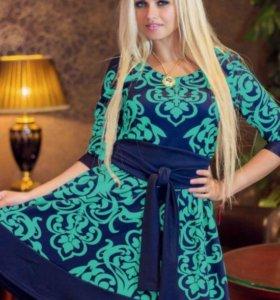 Фирменное платье размер 44/46