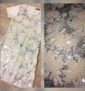 Платье с пайетками и искуст.мехом