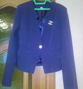 Новый пиджак 42-44 размер