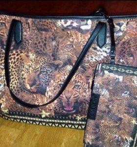 Новая объемная сумка Givenchy