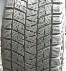 255/55/18 зимняя резина Bridgestone