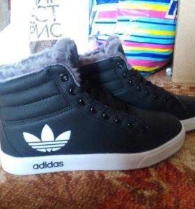 НОВЫЕ!!! Ботинки зимние