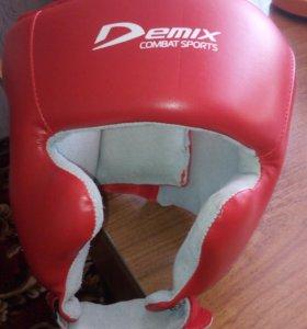 Шлем ( боксёрский ) новый.