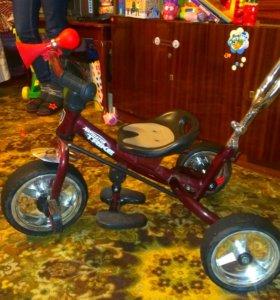 Велосипед детский от года...