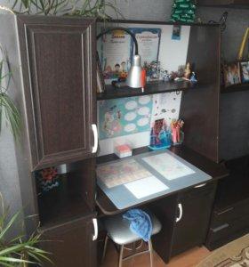 Стол компьютерный - письменный для школьника