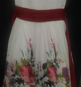 Торжественное платье для девочки