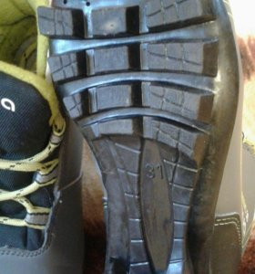 Ботинки лыжные 31