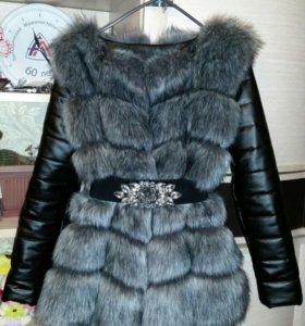Меховая курточка-жилет