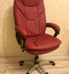 Комфортное кресло (новое)