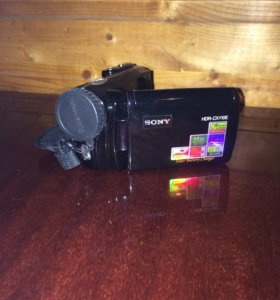 Видеокамера Sony HDR-CX110E