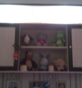 Угловой правый и левый шкаф, навесной, две тумбы