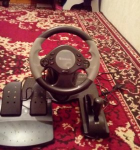 Игровой руль от фирмы defender.