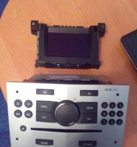 Магнитола и экран Opel astra h
