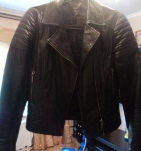 Куртка кожа натуральная фирма Oasis. Новая