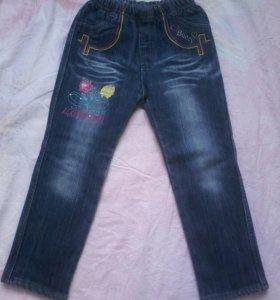Утепленные джинсы на девочку лет 3-4-5