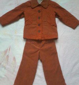 Оссенне-весенний костюм на девочку лет 3-4х