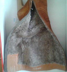Зимние замшивые сапоги