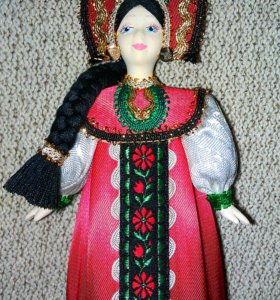 Куколка сувенирная