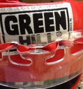 Продам  новый шлем для занятий единоборствами