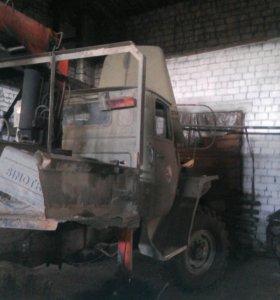 Автомобиль-Урал с крановой- установкой