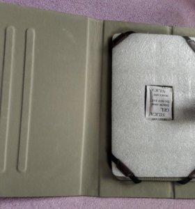 Чехол-кейс для планшетного компьютера.