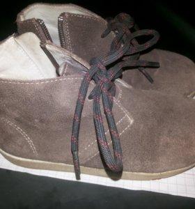 28р. Замша ботинки
