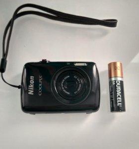 Фотокамера Nikon coolpixs01