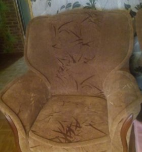 Диван-книжка + 2 кресла