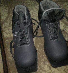Батинки лыжные