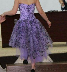 Платье на выпускной вечер и торжество.