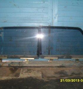 Передние стекла на 2107